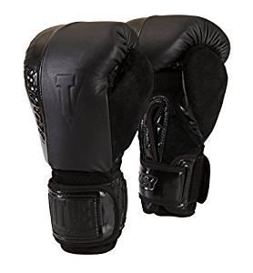 TITLE BLACK Blast Heavy Bag Gloves