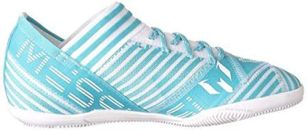 Top 15 Best Indoor Soccer Shoes in 2019